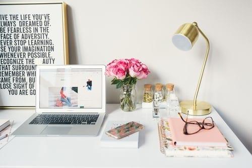 feminine pink desktop